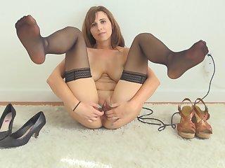 Big titted MILF Alice masturbates with toys in nylon stockings
