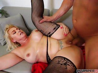 hardcore chubby MILF sex video - gishela rodrigues