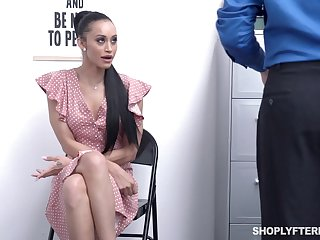Kleptomaniac milf Gia Vendetti is fucked anally after deepthroat blowjob