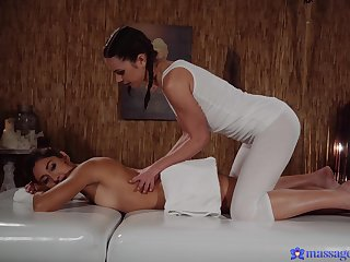 Sensual women decide to skip massage for nice softcore