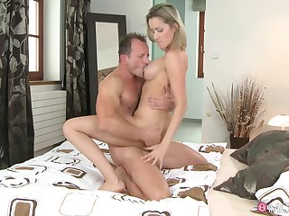 Passionate lovemaking in the morning with cock hungry Blanka Grain